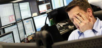 Broker in Frankfurt: Im Sog der US-Börse