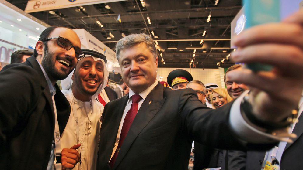 Poroschenko in Abu Dhabi: Selfie beim Waffenkauf