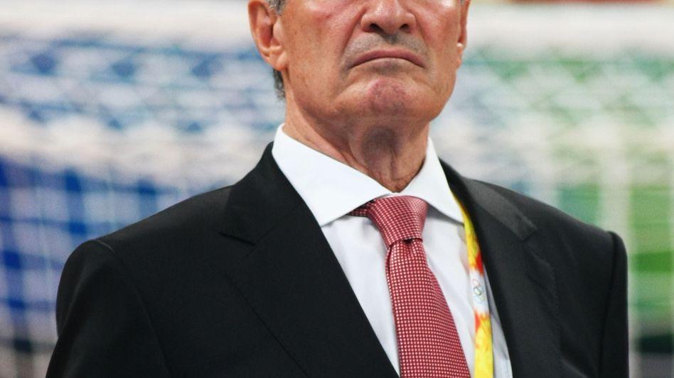 IHF-Präsident Moustafa: Erhöhung der Bezüge