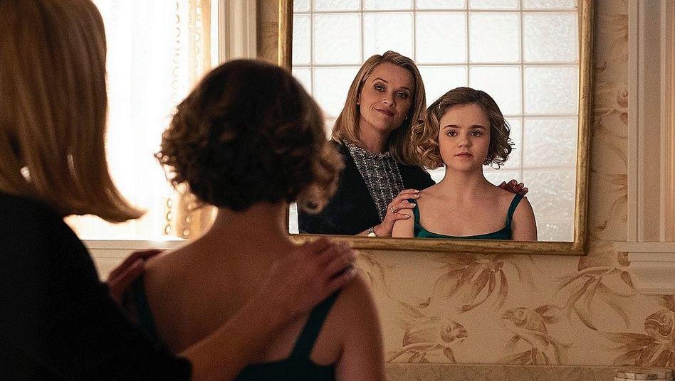 Reese Witherspoon mit Megan Stott als ihre Serientochter Izzy:Eine einzige Abfolge von Mutter-Tochter-Konflikten