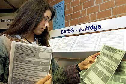 Bafög-Antrag: Regierung backt ein Reförmchen