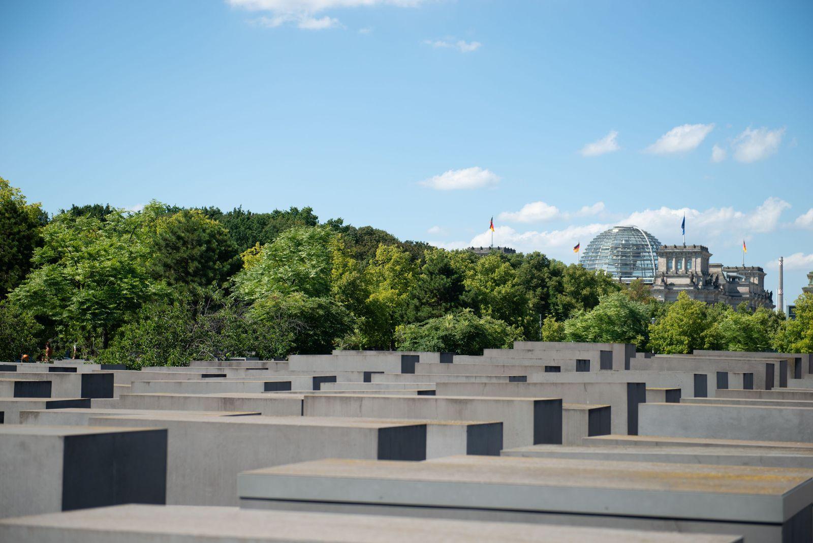 EINMALIGE VERWENDUNG Holocaust-Mahnmal/ Berlin