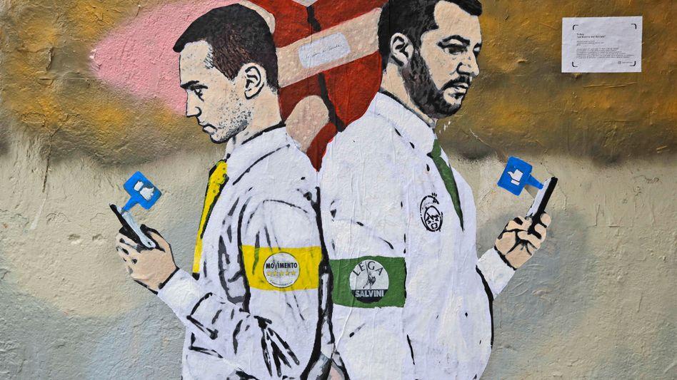 Wandbild der Vizepremiers Luigi Di Maio (links) und Matteo Salvini