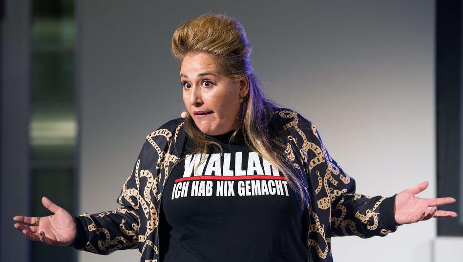 Kabarettistin Idil Baydar