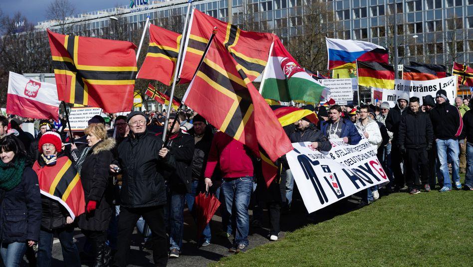 Pegida-Kundgebung in Dresden (am 6. April): Bewegung der Unzufriedenen