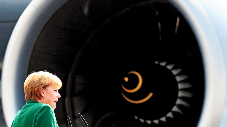 Kanzlerin Merkel (auf Luftfahrt-Messe ILA): Wie gerecht sind ihre Pläne?