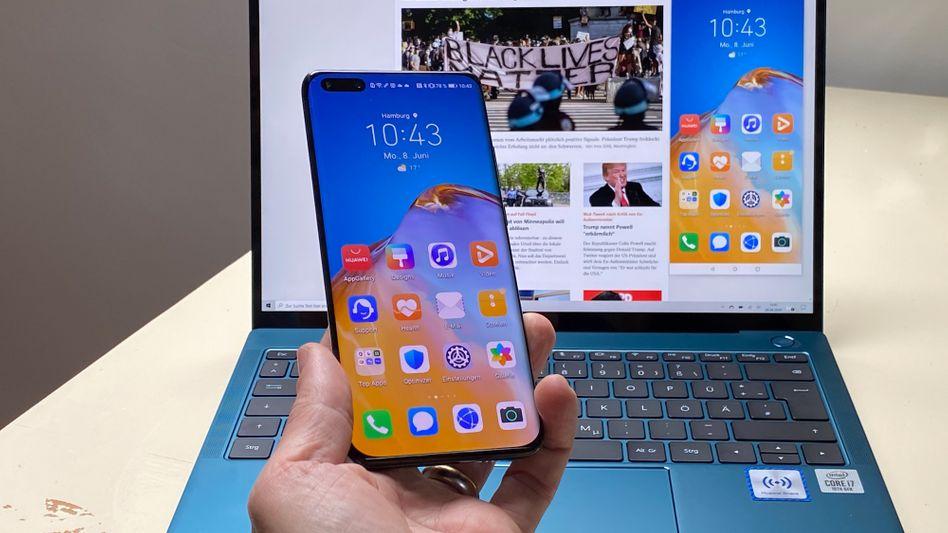 Das neue Huawei-Notebook versteht sich ungewöhnlich gut mit Smartphones - solange sie von Huawei sind