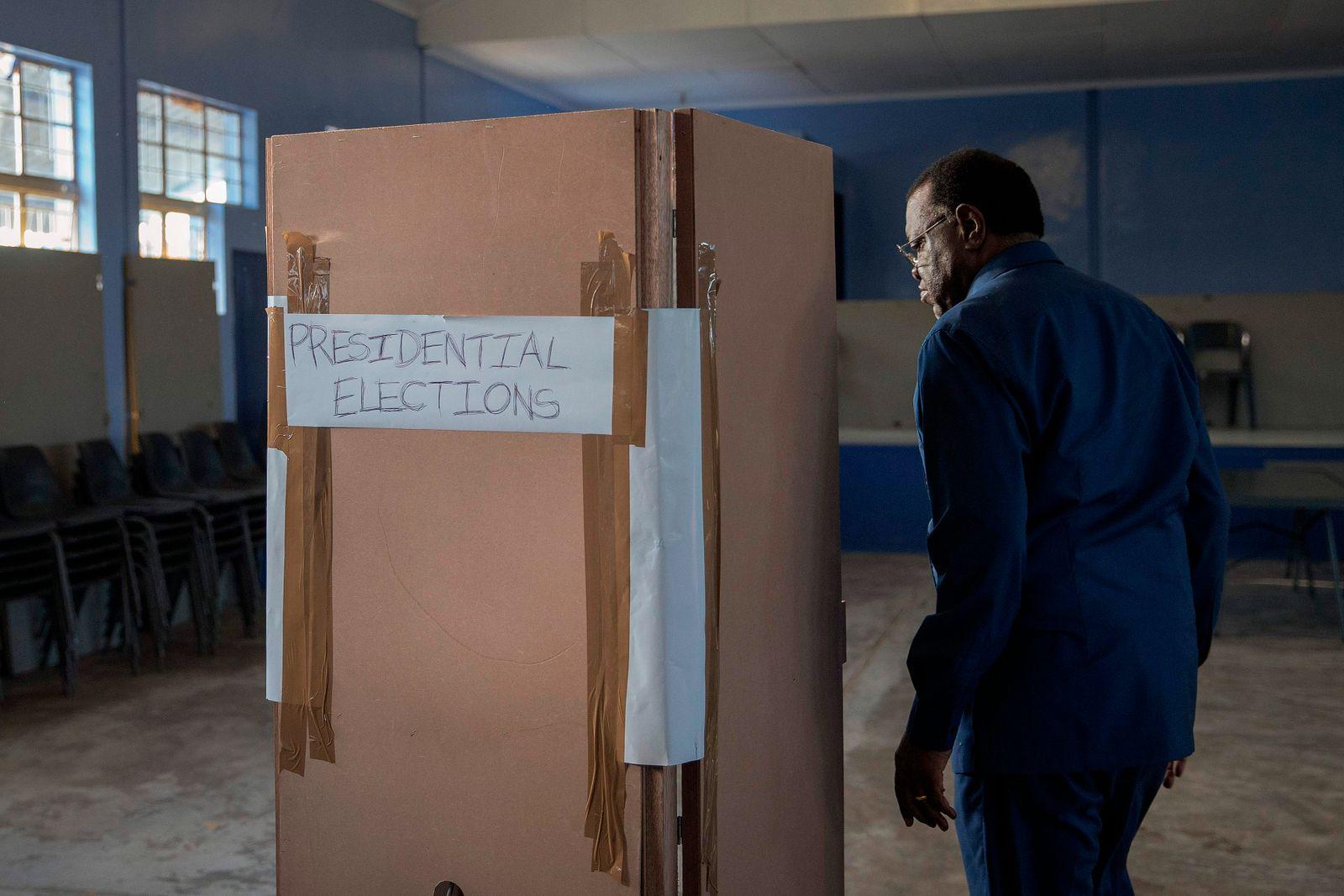 TOPSHOT-NAMIBIA-POLITICS-VOTE