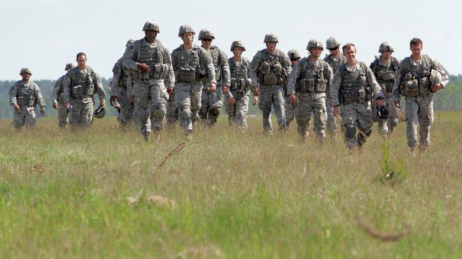 US-Fallschirmjäger bei Übungen in Litauen: Verstärkung der Nato-Streitkräfte in Europa unerwünscht