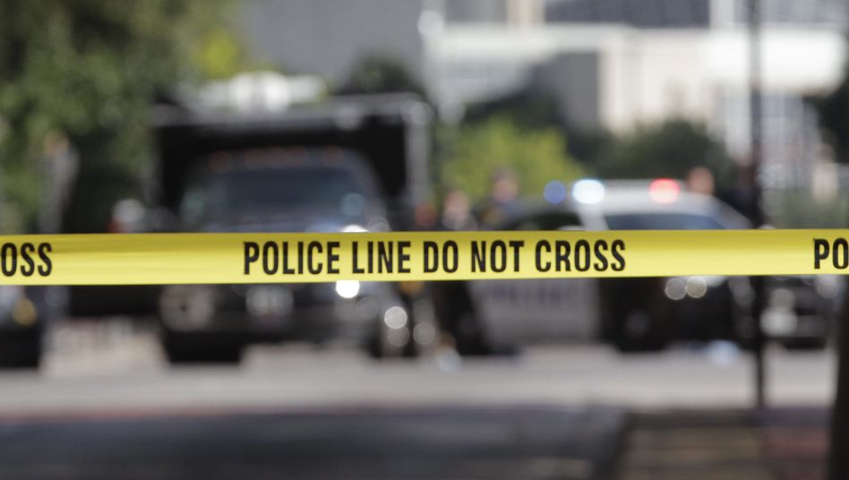 Polizeiabsperrung an einem Tatort
