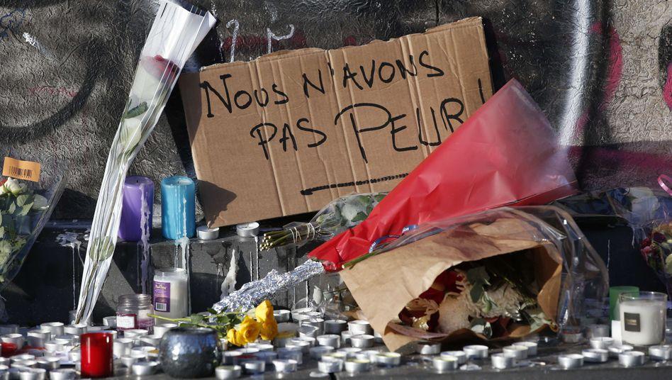 """Gedenken in Paris: """"Wir haben keine Angst"""""""