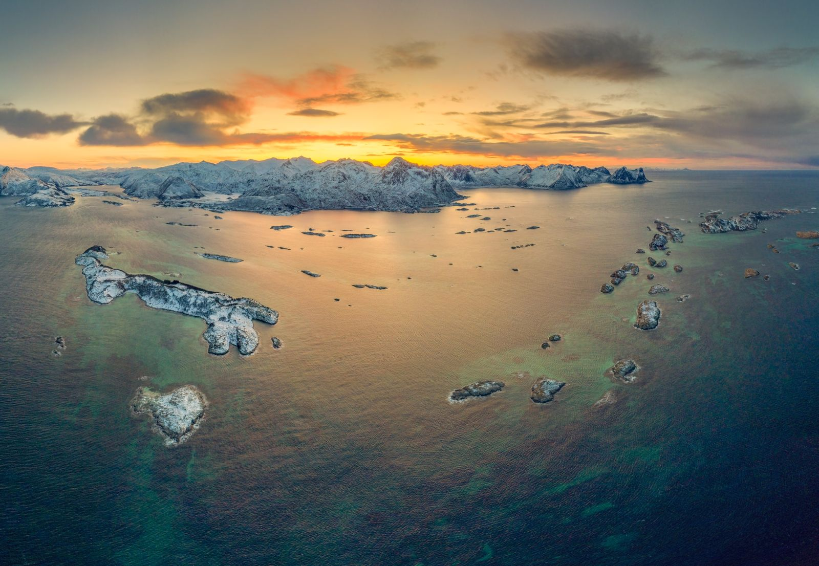 Bergsoyan islands