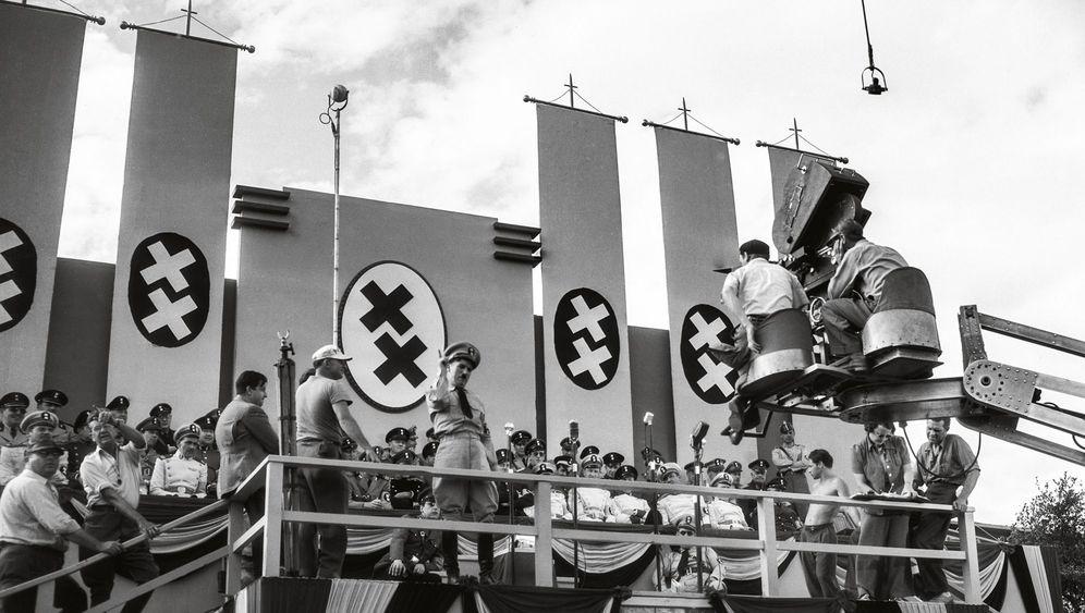 Charlie Chaplin: Tramp und Diktator