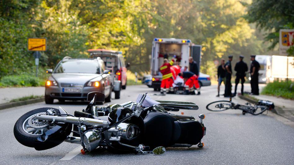 Nach dem Unfall: Wer spontan sein eigenes Leben riskiert, um jemand anderen zu retten, handelt meist unüberlegt