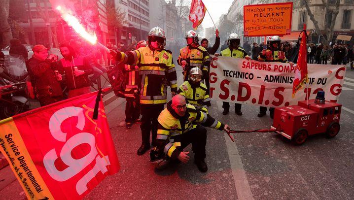 Streik in Frankreich: Tag der Massenproteste