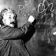 Albert Einstein: Bekommt er nachträglich Recht?