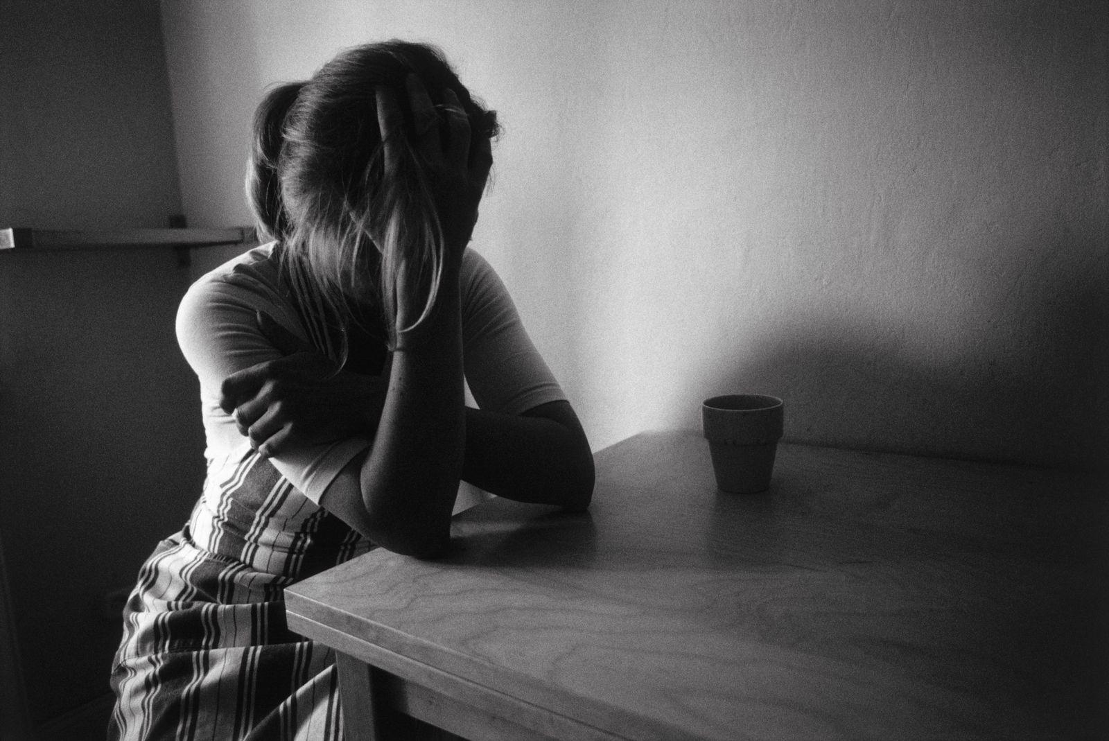 NICHT MEHR VERWENDEN! - Häusliche Gewalt