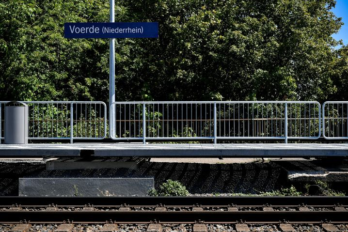In July, a 28-year-old shoved a 34-year-old mother onto the tracks at this station and she was killed by an oncoming train.