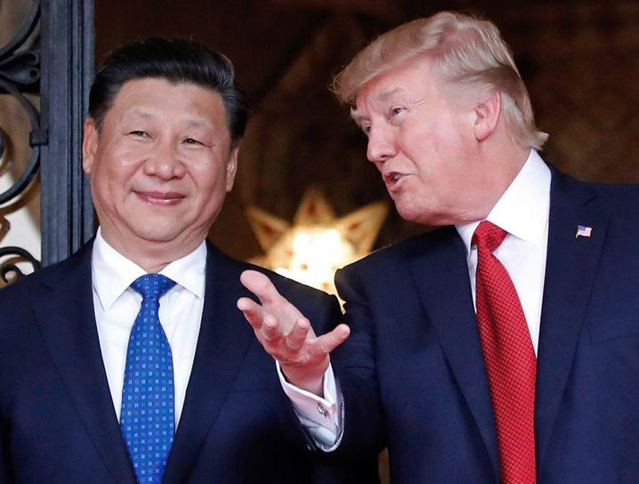 Xi Jinping mit Donald Trump