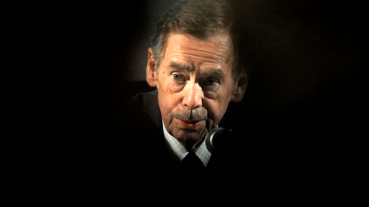 Václav Havel: Tod mit 75