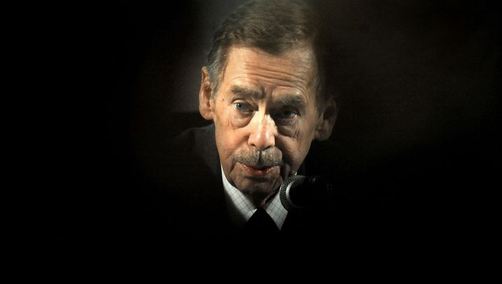 Photo Gallery: Vaclav Havel's Career as a Freedom Fighter