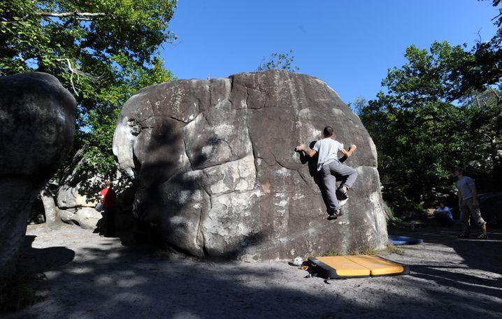 Bouldern bei Fontainebleau in Frankreich (2012)