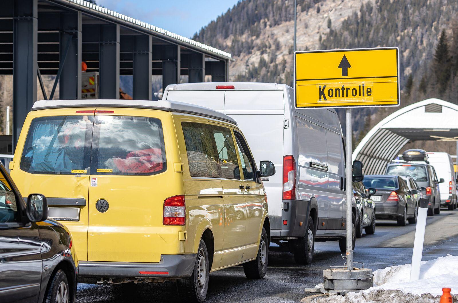 Coronavirus - Grenzkontrolle Italien-Österreich