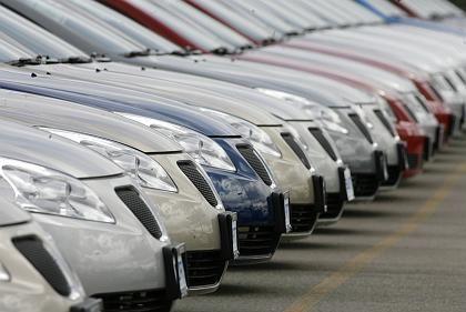 Eine Reihe unverkaufter GM-Autos: Der Rekordverlust für 2007 war absehbar