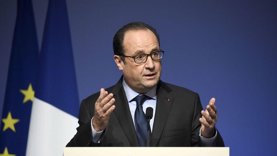 Hollande bei einer Konferenz (Archivbild): Im Staatshaushalt Defizit von mehr als vier Prozent geplant