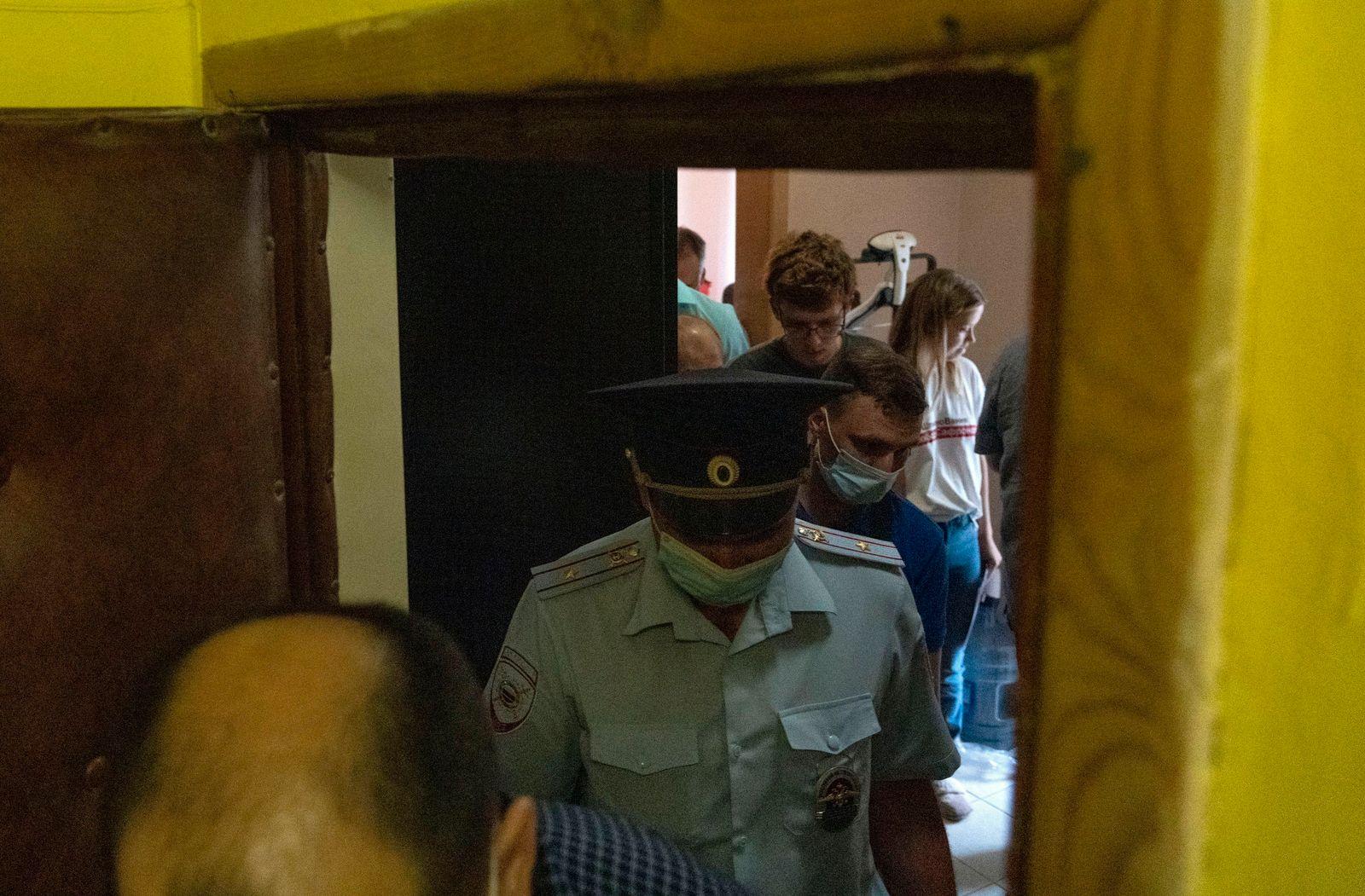 Russia Journalists Raids