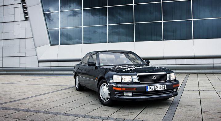 Das Museumsstück von Toyota Deutschland erreichte über eine Million Kilometer - mit dem Original-Motor und dem ersten Getriebe.