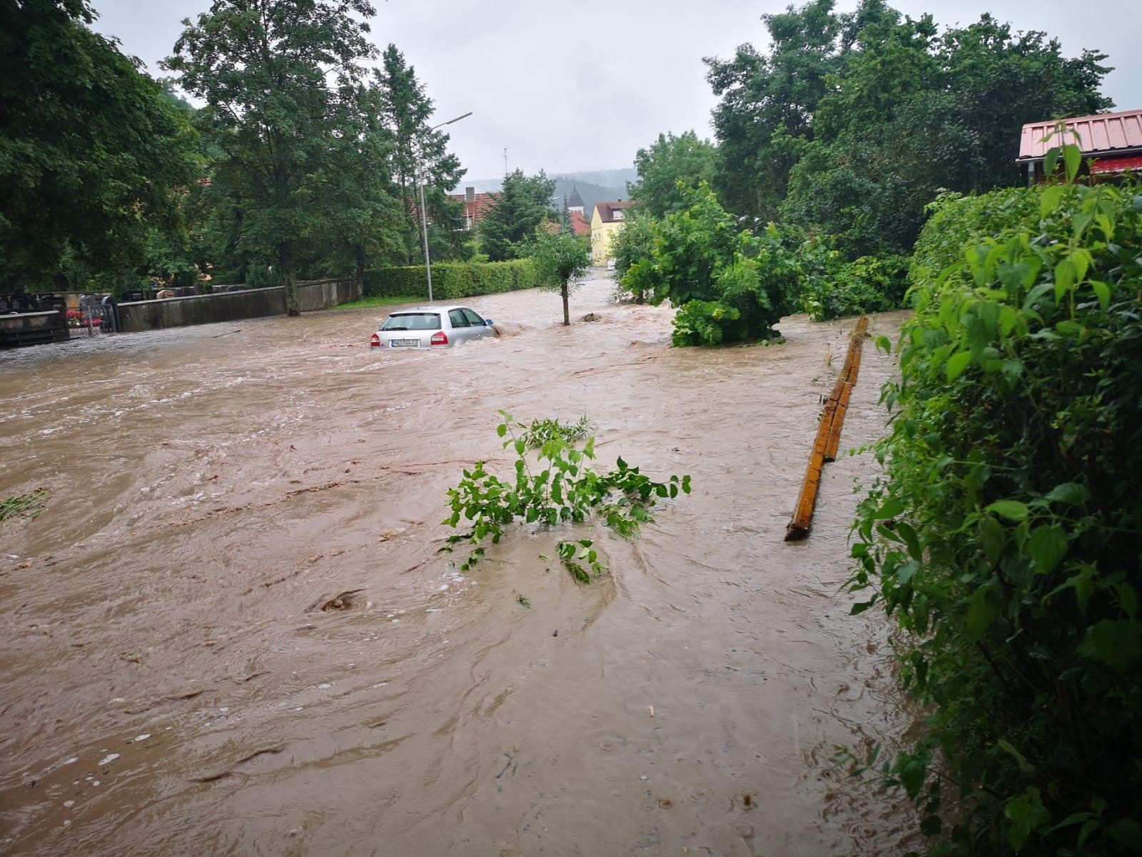 Anhaltende Regenfälle in Franken