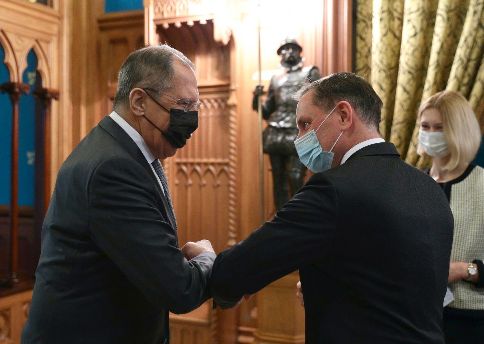 Russlands Außenminister Lawrow empfängt Mitglieder der AfD