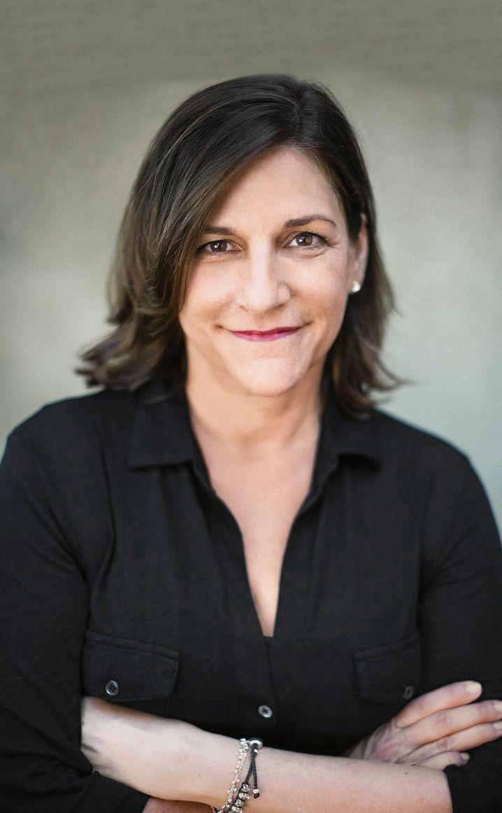 Autorin Cynthia D'Aprix Sweeney