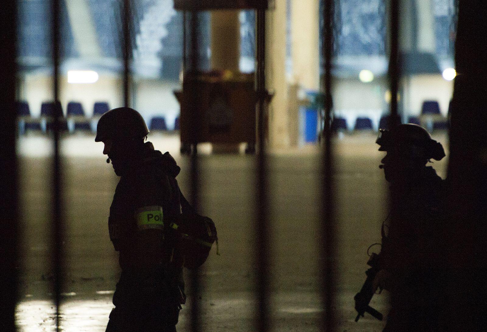 POLIZEI HANNOVER TERROR