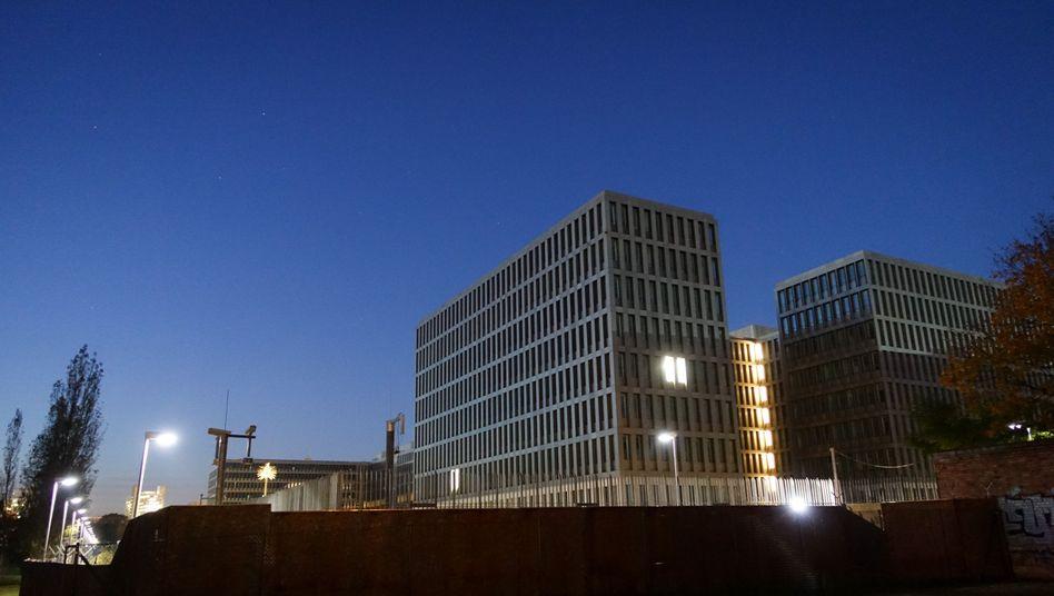 BND-Zentrale in Berlin: NSA besaß Dokumente des deutschen Dienstes
