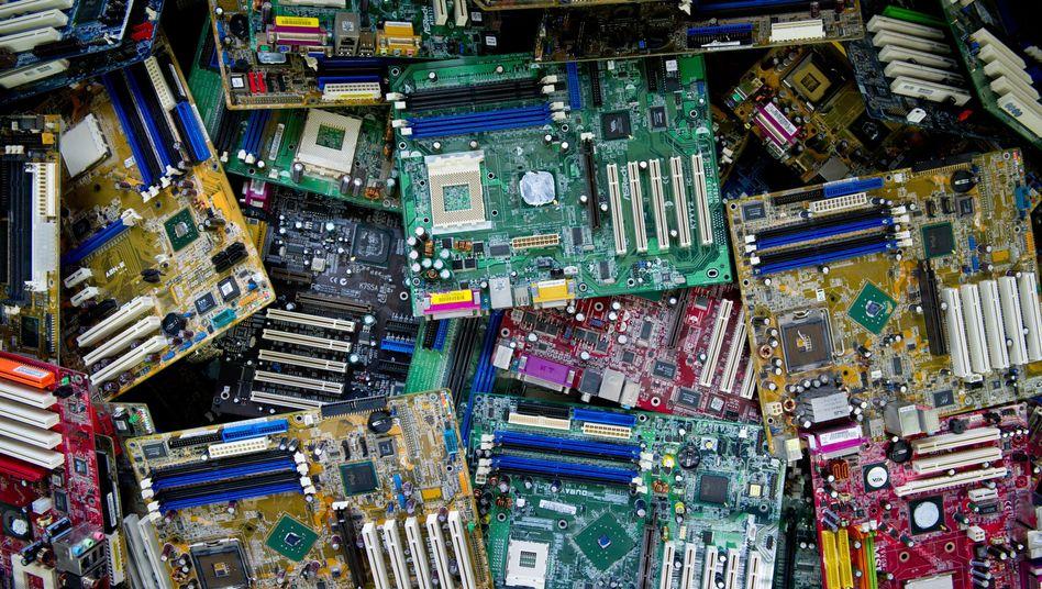 Elektroschrott Leiterplatten: Lukratives Geschäft mit dem Müll
