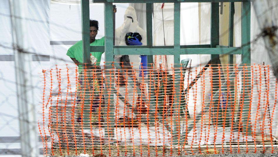 Verdacht auf Ebola (Archivbild): Derzeit stehen in Liberia 153 Personen unter Beobachtung