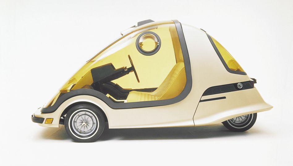Drei Räder, zwei Sitze und ein leise summender Elektromotor - das war die Studie Toyota EX-II von 1969