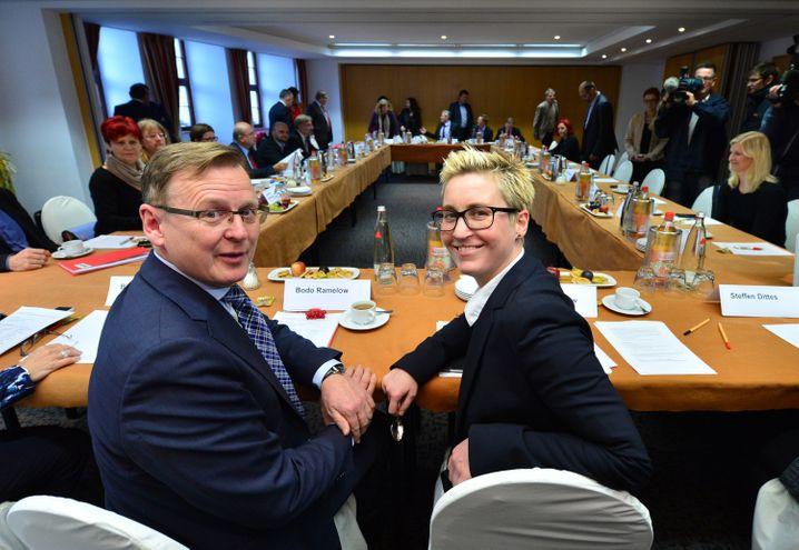Ministerpräsident Bodo Ramelow, Linken-Vorsitzende Hennig-Wellsow