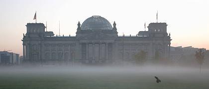 Reichstag in Berlin: Fünf Ringe der Vernebelung