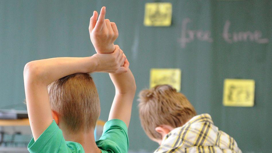 Derzeit nicht vorgesehen: Schüler dicht nebeneinander im Unterricht