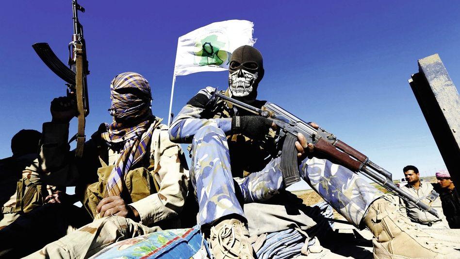 Schiitische Kämpfer nahe Tikrit