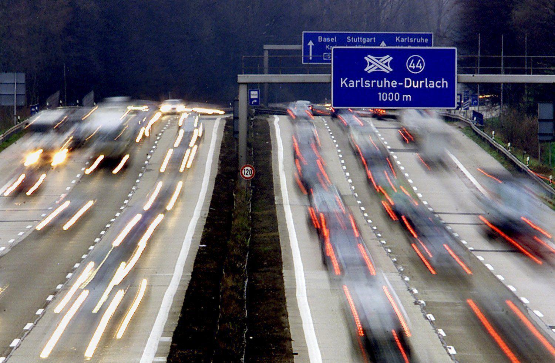 Autobahn Langzeitbelichtung Baden-Württemberg