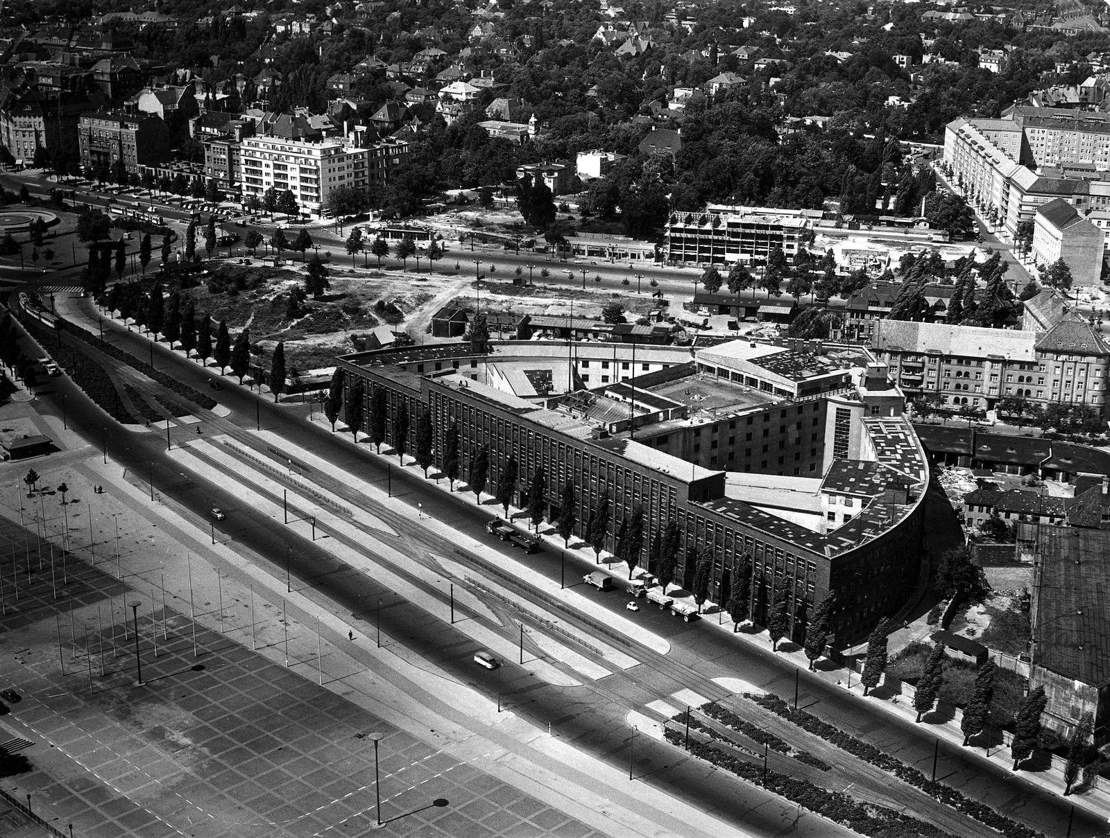 Berlin, Rundfunkhaus (Haus des Rundfunks) von Hans Poelzig an der Masurenallee