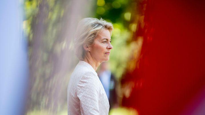 Ursula von der Leyens Karriere: Von Niedersachsen über Berlin nach Brüssel