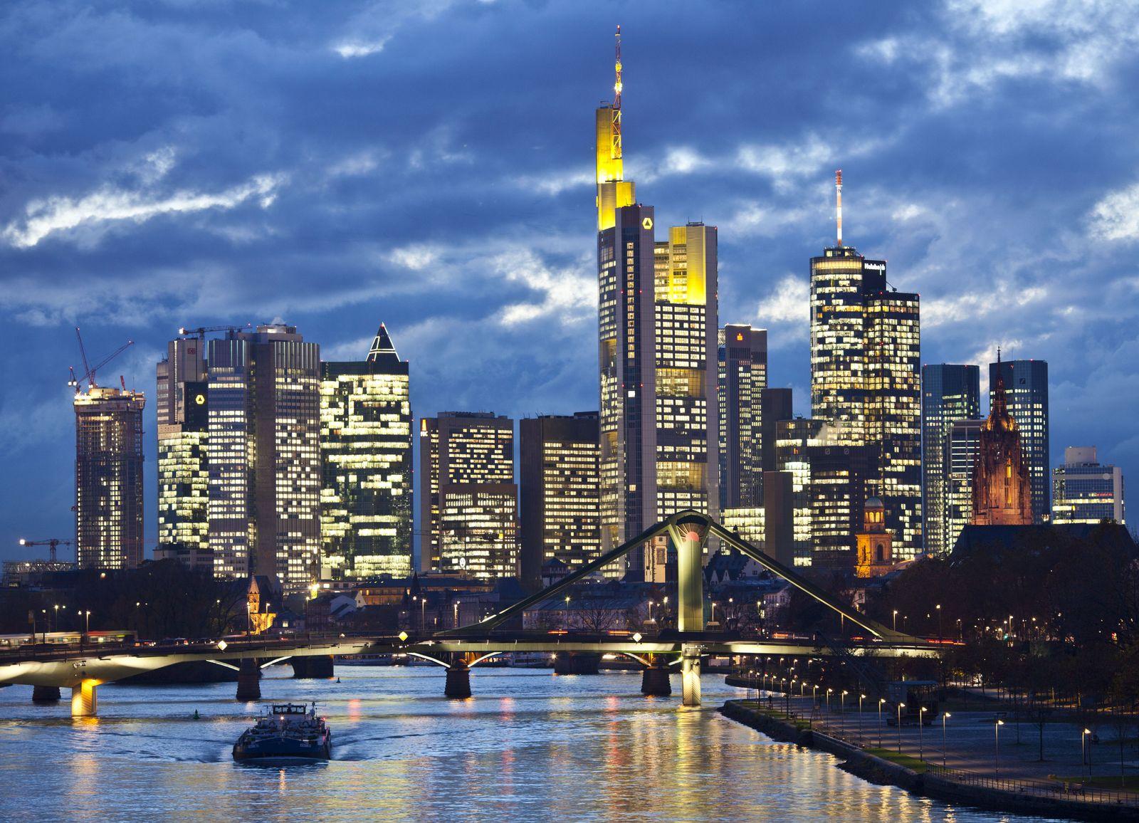 Frankfurt Skyline / Stresstest