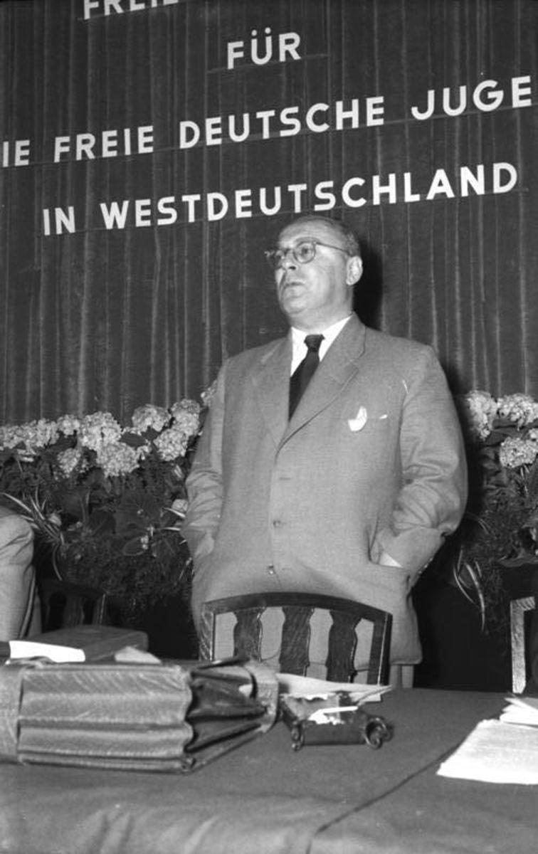 Berlin, Pressekonferenz, Friedrich Karl Kaul