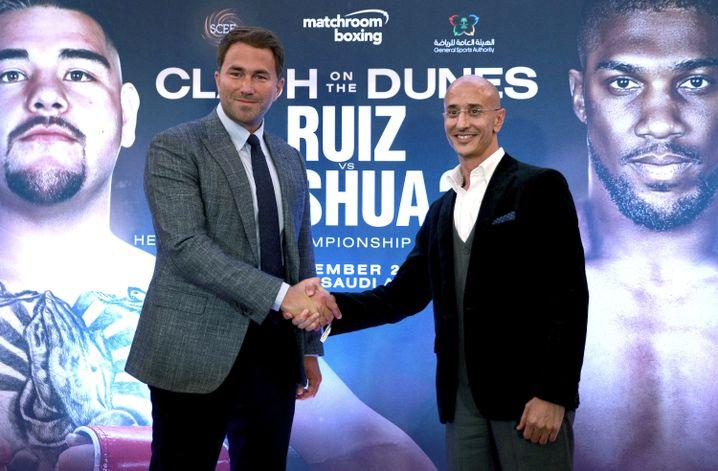 Box-Promoter Eddie Hearn und Omar Khalil: Erster Box-WM-Kampf in Saudi-Arabien besiegelt