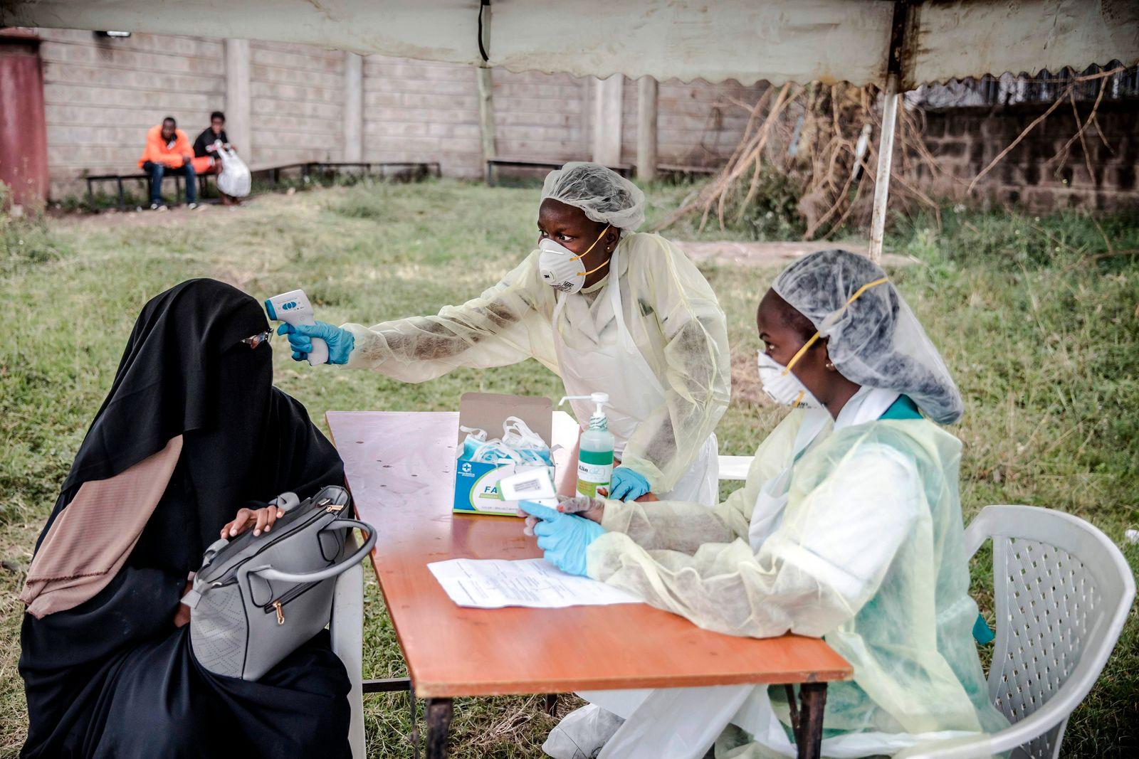 TOPSHOT-KENYA-HEALTH-VIRUS